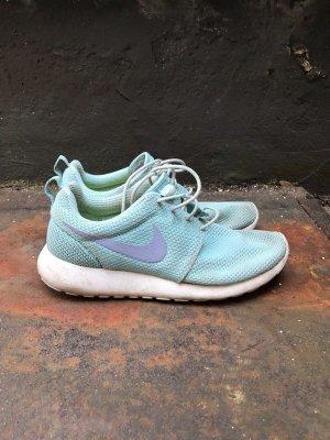 Nike Roshe Run Blau Sneaker
