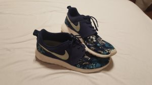 Nike Sneakers white-blue