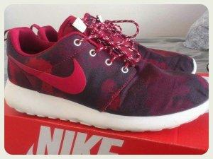 Nike Roshe Run Camo / 40
