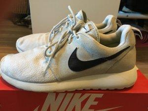 Nike Roshe Run Damen 38 Grau Weiß