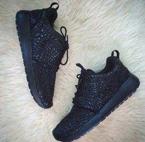 Nike Roshe Run dmb black