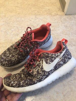 Nike Roshe Run Gr. 40