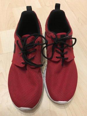 Nike Roshe Run GS Dunkelrot