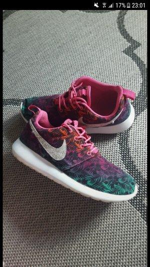 Nike Roshe run limitiert bunt rot Pink grün lila Größe 38