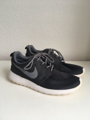 Nike Roshe Run/One Größe 40