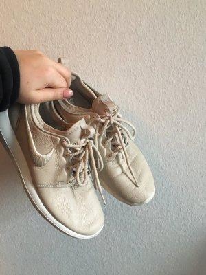 Nike Roshe Run Premium 2