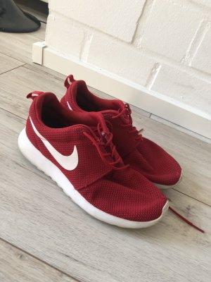 Nike Roshe Run rot