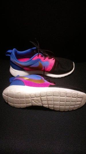 Nike Roshe Sneakers Neon