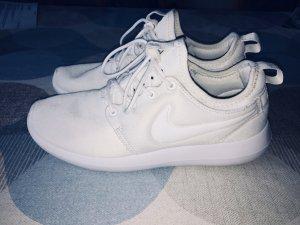 Nike Roshe Two Women Schuhe Sneaker weiß