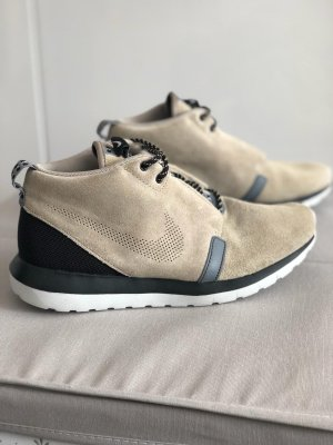 Nike Rosherun NM Sneakerboot bamboo