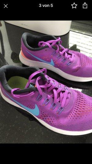 Nike Run Free 38,5