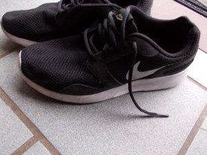 Nike Runningschuhe Hipster Blogger schwarz&weiß federleicht