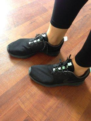 Nike Rush Gr. 40.5 aus New york city