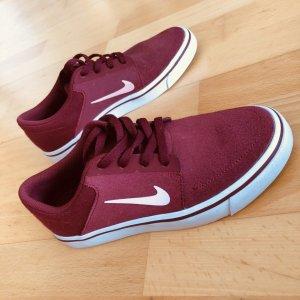 Nike SB Schuhe Gr  35,5 rot Sneaker Skaterschuhe Sportschuhe