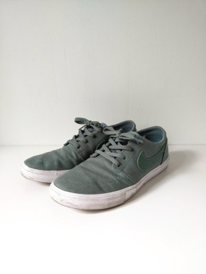 Nike Sneakers sage green-lime-green