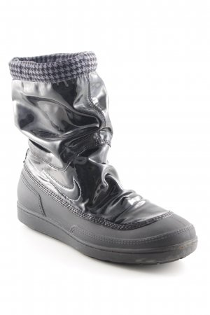 Nike Stivaletto slip-on nero stile stravagante