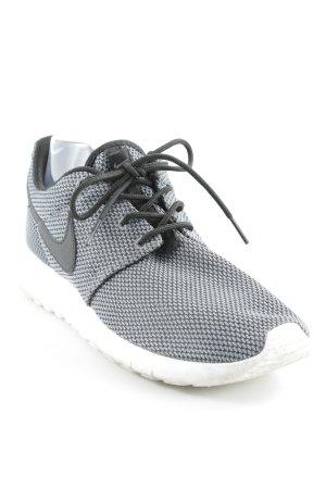 Nike Instapsneakers donkergrijs-zwart atletische stijl