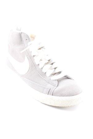 Nike Schnürschuhe mehrfarbig Destroy-Optik