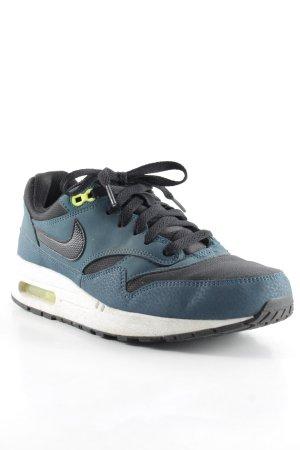 Nike Schnürschuhe mehrfarbig schlichter Stil