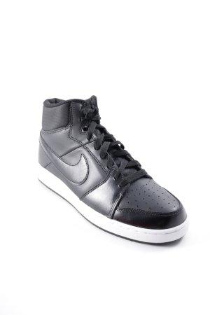 Nike Schnürschuhe schwarz sportlicher Stil