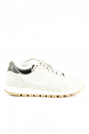 Nike Lace-Up Sneaker multicolored casual look