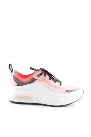 Nike Lace-Up Sneaker multicolored athletic style
