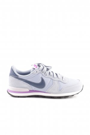 Nike Zapatilla brogue gris claro-lila look casual