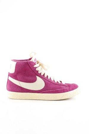 Nike Sneakers met veters roze-wolwit casual uitstraling