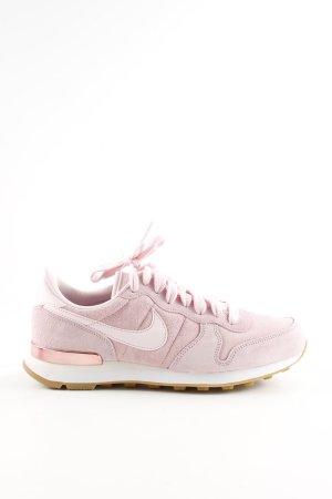 Nike Schnürsneaker pink Casual-Look