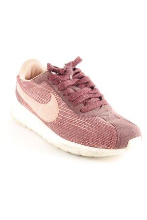 Nike Schnürsneaker bordeauxrot-rosa Mustermix Casual-Look