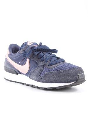 Nike Schnürsneaker dunkelblau-pink sportlicher Stil