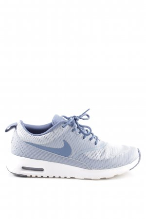 Nike Lace-Up Sneaker blue casual look