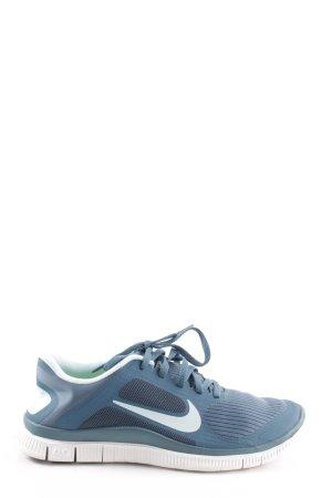 Nike Schnürsneaker blau-weiß sportlicher Stil