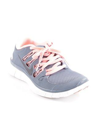 Nike Schnürsneaker grau-lachs sportlicher Stil
