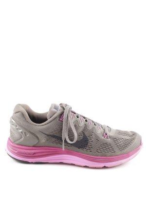 Nike Schnürsneaker grau-violett sportlicher Stil