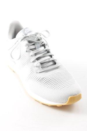 Nike Schnürsneaker hellgrau-weiß