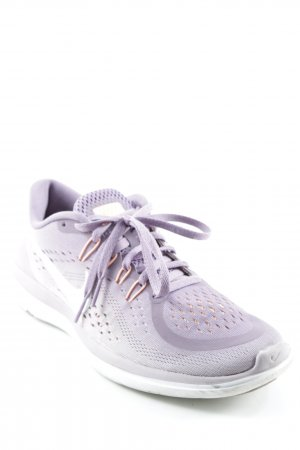 Nike Lace-Up Sneaker loosely knitted pattern athletic style