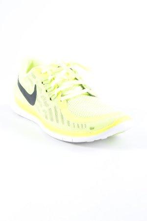 Nike Schnürsneaker neongrün sportlicher Stil