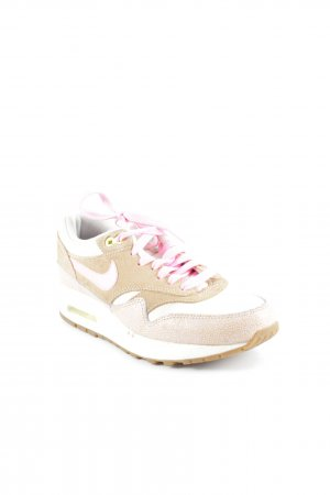 """Nike Lace-Up Sneaker """"Nike Air"""""""