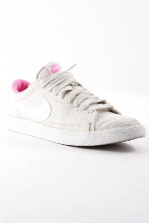 "Nike Lace-Up Sneaker ""Nike Blazer"""