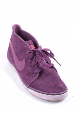 Nike Lace-Up Sneaker purple athletic style