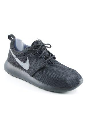 Nike Sneaker stringata nero-grigio chiaro stile casual