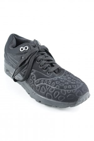 Nike Lace-Up Sneaker black mixed pattern athletic style