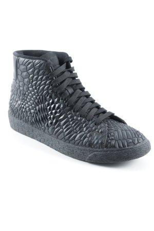 Nike Schnürsneaker schwarz Street-Fashion-Look