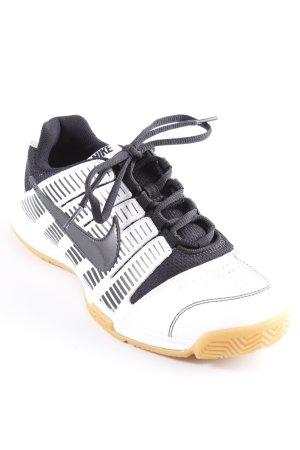 Nike Schnürsneaker schwarz-weiß Streifenmuster sportlicher Stil