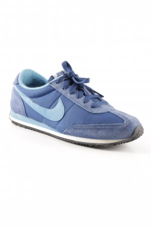 Nike Lace-Up Sneaker steel blue athletic style