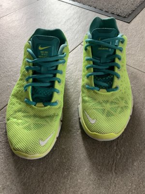 Nike Lace-Up Sneaker neon green-lime-green