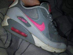 Nike Lace-Up Sneaker grey-magenta