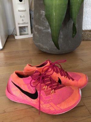 Nike Schuhe 37,5