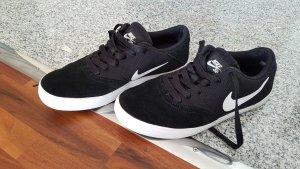 Nike Schuhe 38.5 Größe